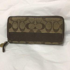 Coach zip wallet